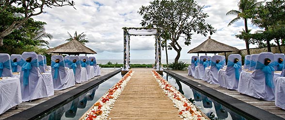 spectacular wedding in a Bali Villa