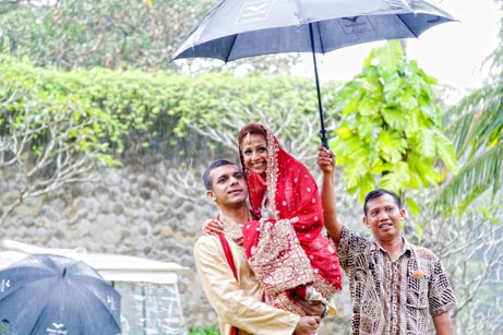 Bali wedding in rain