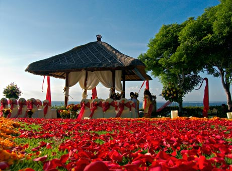 Cost of a Bali wedding flowers decor