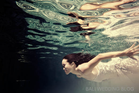 Bali pre wedding photos under water