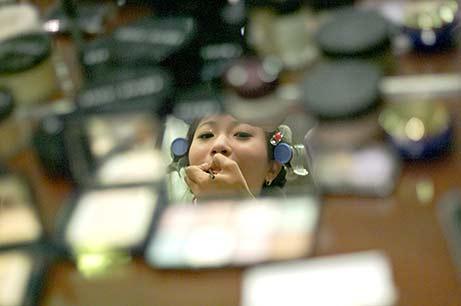 Bali-makeup-artist