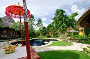 small Bali villa wedding
