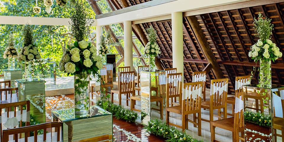 Komaneka-Ubud-East-Wedding-Packages
