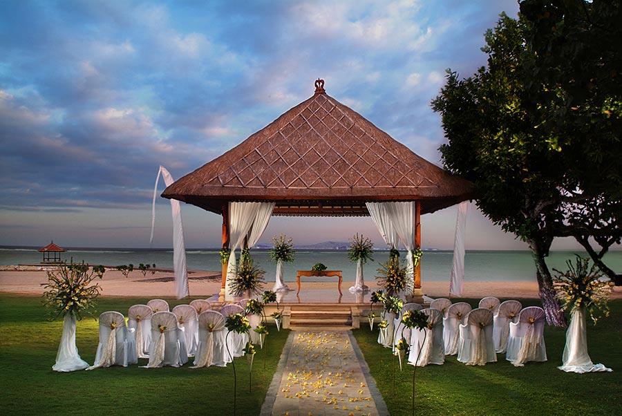 Nusa-Dua-Beach-Hotel-and-Spa-Nusa-Dua-Wedding-Packages