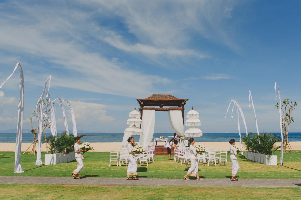 Botanica Beach Weddings