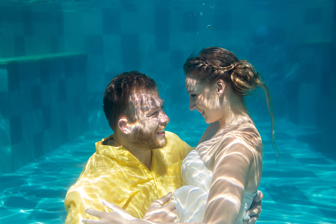 underwater engagement photography Bali