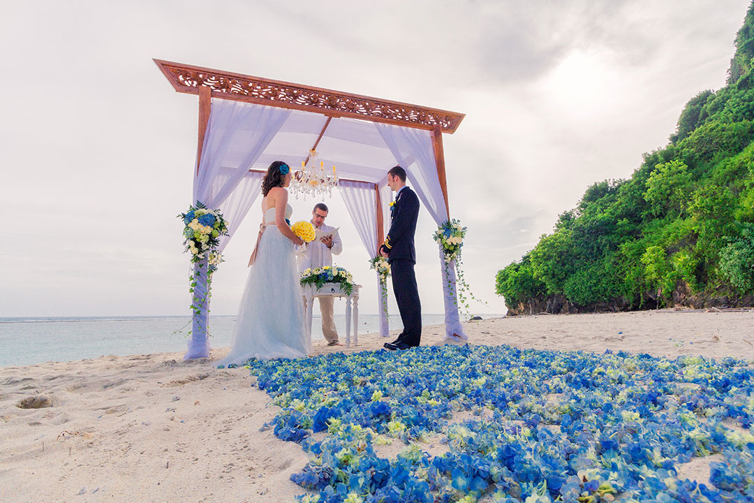 Bali Beach Elopement Wedding