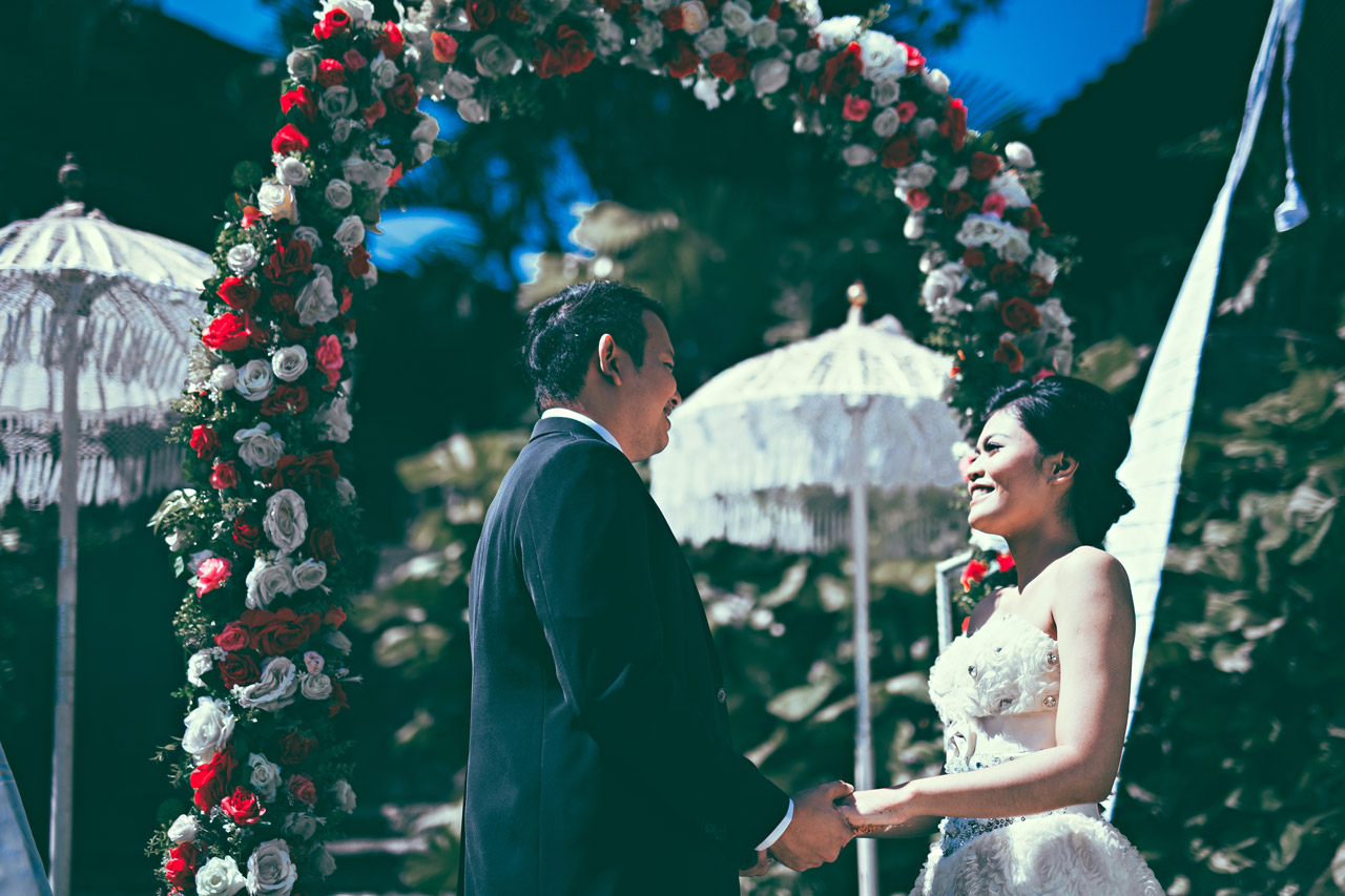 Bali wedding ceremony for two