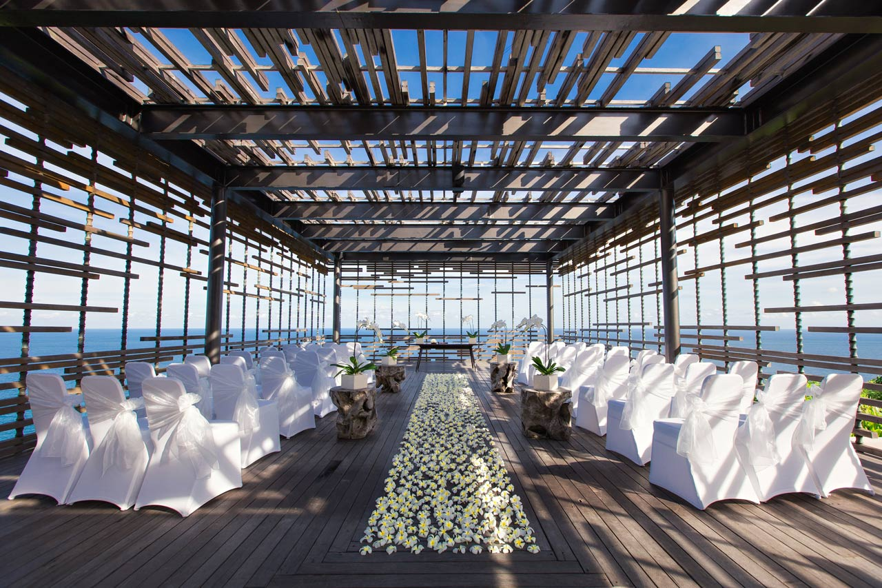 Bali-Hotel-Resort-wedding-without-planner