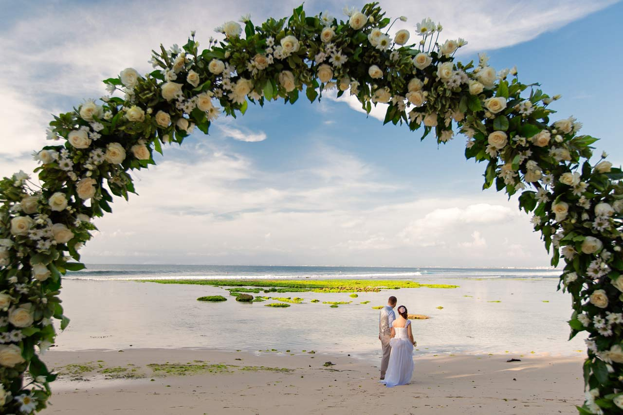 married-in-Bali-Beach