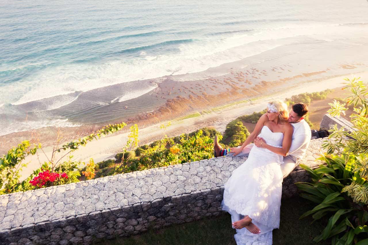 cliff-top-villa-view-Bali