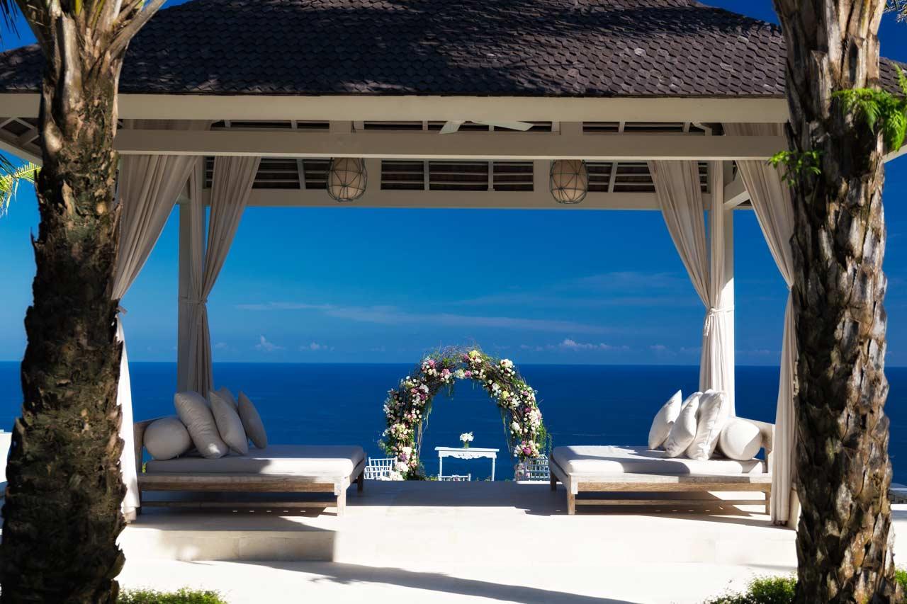 wedding-venue-clifftop-villa-bali