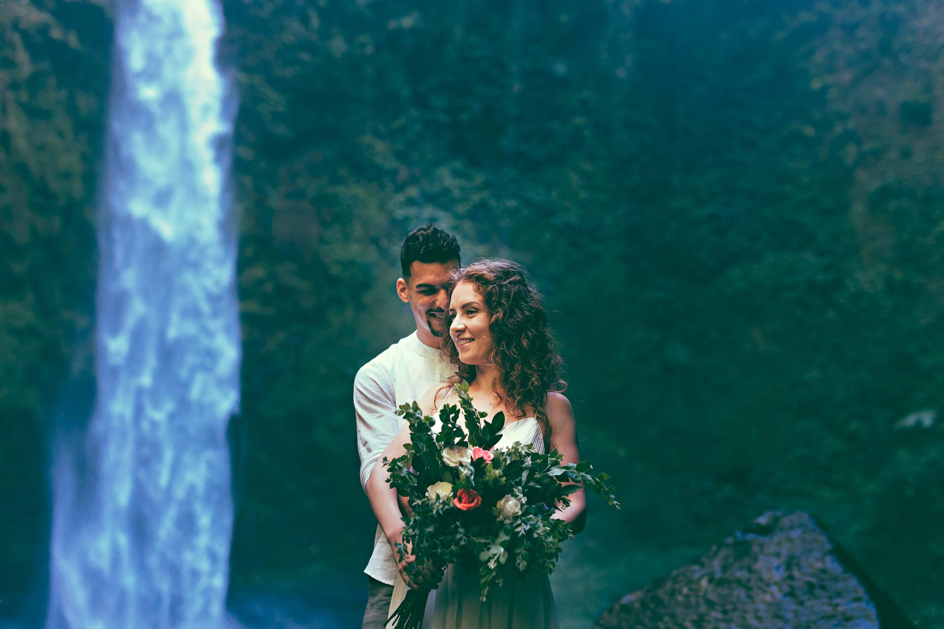 Best-Bali-Waterfall-for-weddings