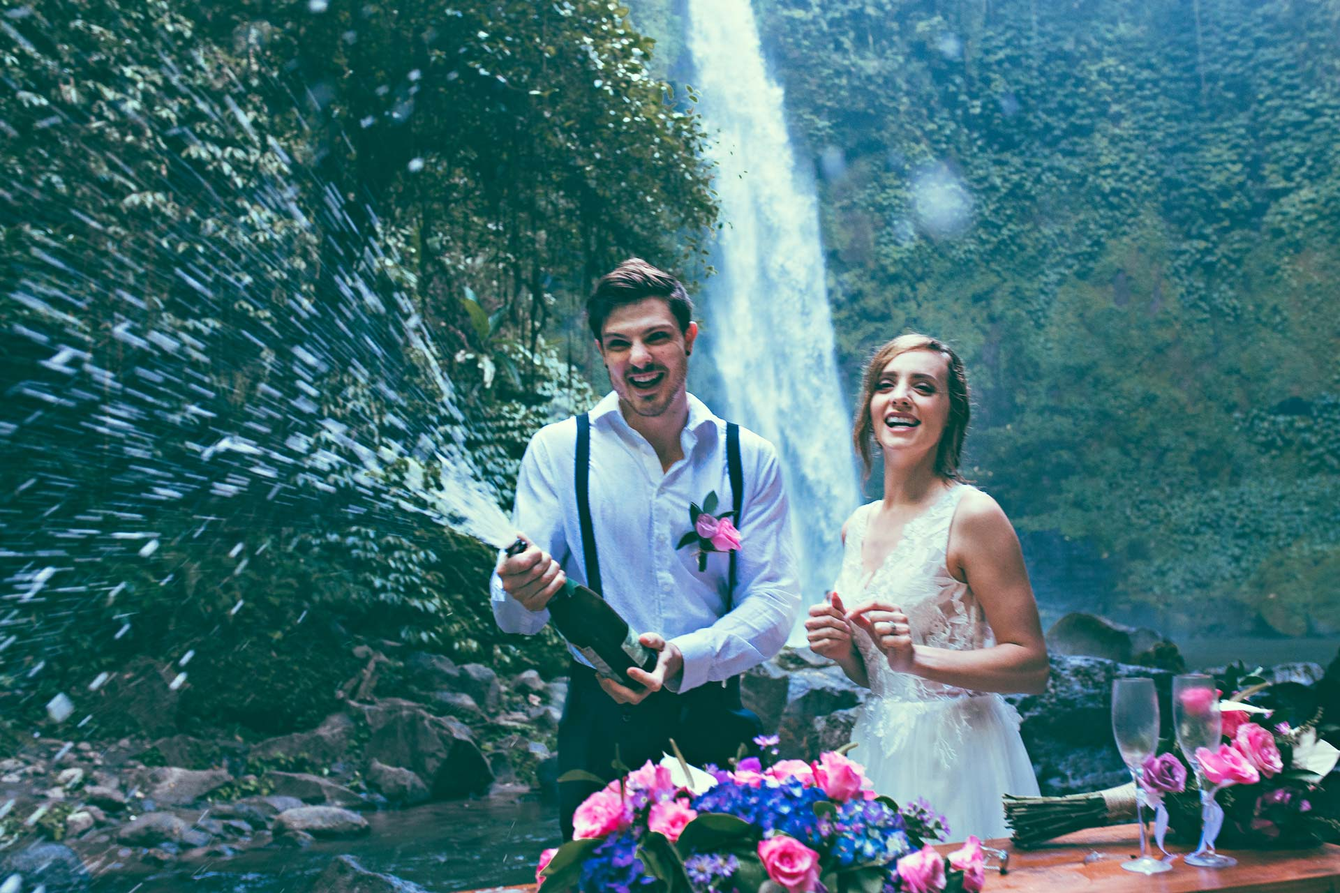 Packages-Bali-waterfall-wedding