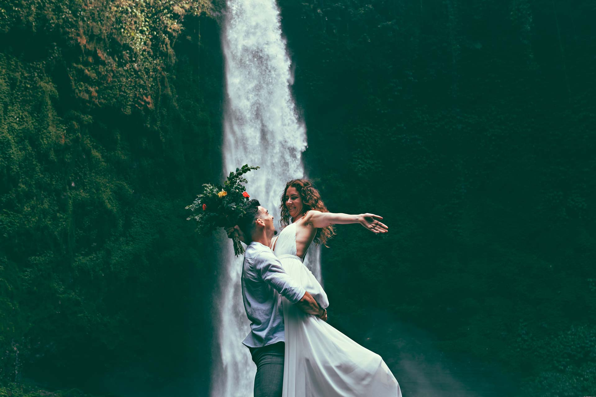 The-Bali-Wedding-waterfall-2