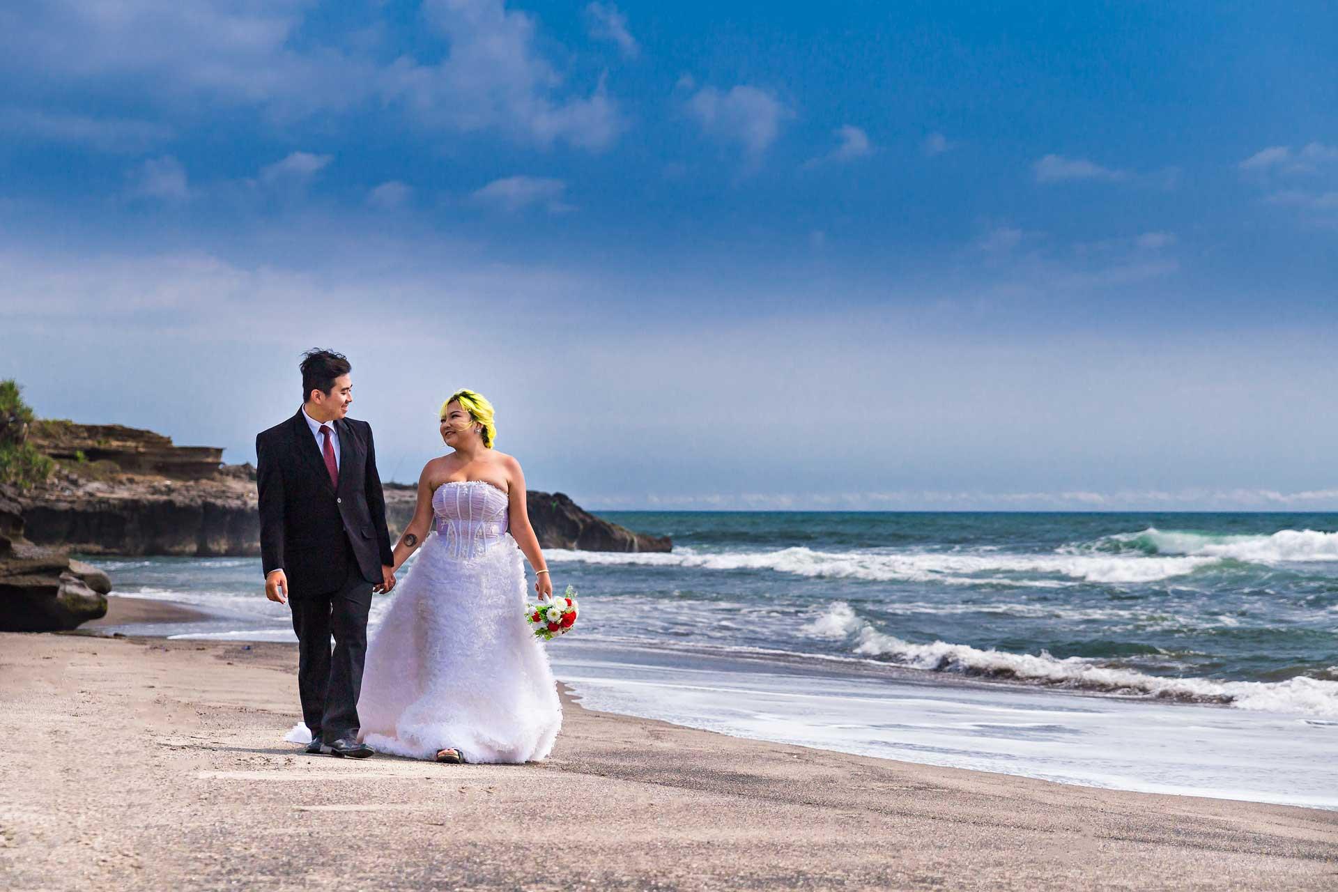 templerock-beach-Bali-wedding