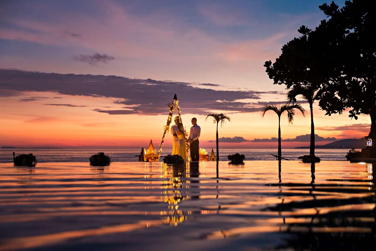 Bali-elopement-sunset-wedding