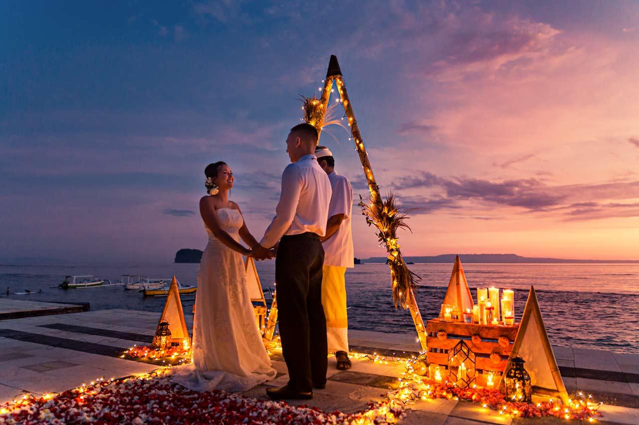 Bali-sunset-villa-elopement-wedding